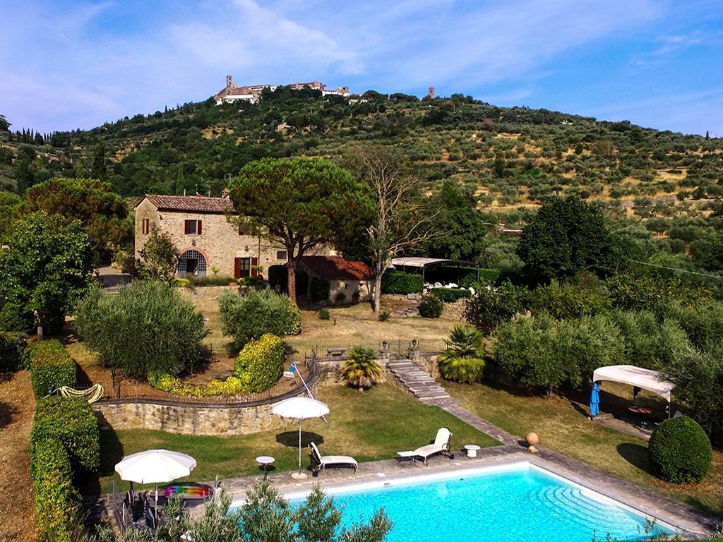 La Villa Dei Frati Importante Casa Di Campagna Con Piscina E Giardino Shop Online Mobile Immobiliare Cortonese Com